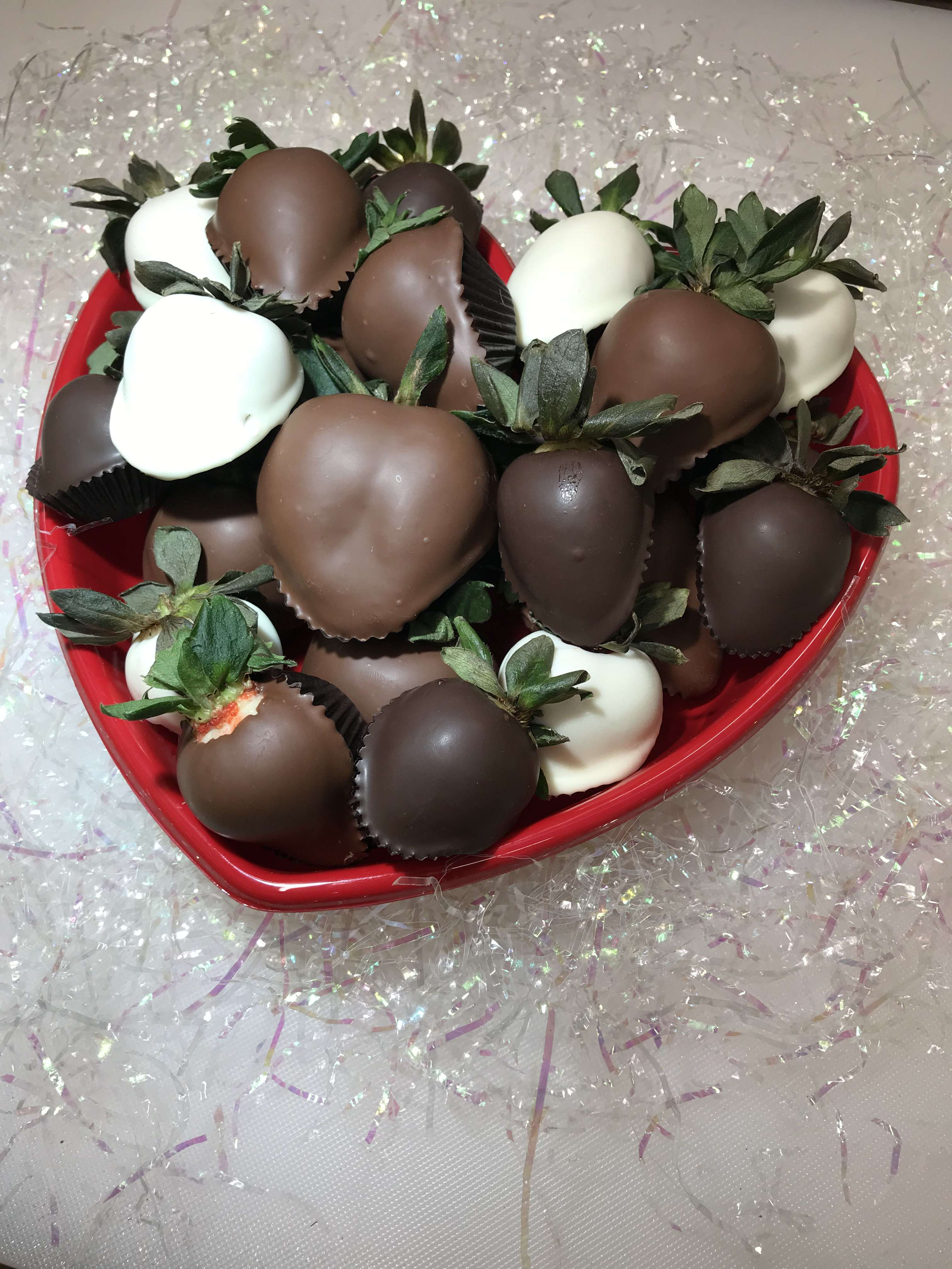 Hand Selected Chocolate Dipped Strawberries